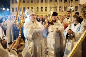 pasha_2015_v_bogoyavlenskom_sobore_episkop_gurij_shalimov